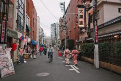 Японец на улицах стоковое фото