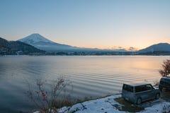 Япония, гора Фудзи, озеро Kawaguchiko в после полудня осени, с Стоковые Фото