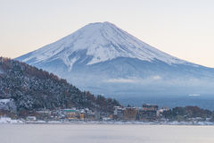 Япония, гора Фудзи, озеро Kawaguchiko в после полудня осени, с Стоковая Фотография