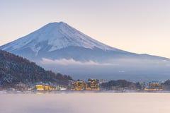 Япония, гора Фудзи, озеро Kawaguchiko в после полудня осени, с Стоковое Фото