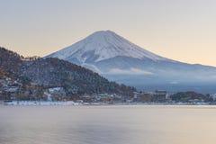 Япония, гора Фудзи, озеро Kawaguchiko в после полудня осени Стоковые Фото