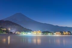 Япония, гора Фудзи, озеро Kawaguchiko в после полудня осени Стоковые Фотографии RF