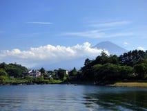 япония Озеро Kawaguchiko стоковые фото