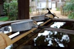 Японская вода ковша Стоковое Изображение