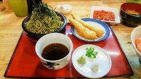 Японская еда на древесине таблицы стоковое фото