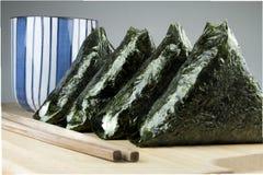 Японская еда, шарик риса (onigiri) Стоковое фото RF
