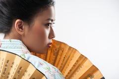 Японская женщина с традиционным вентилятором Стоковая Фотография