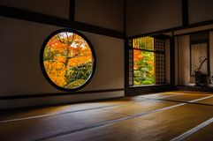 Японская комната в старом виске стоковое фото rf