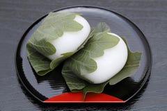 Японская кондитерская, Kashiwa Mochi сладкое стоковое фото