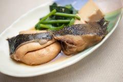 Японская кухня Nizakana (poached Flatfish) Стоковое Фото