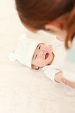Японская мама и ее младенец Стоковые Фото