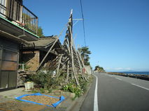 Японская улица сельской местности с зданиями Стоковые Изображения RF