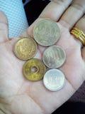 Японские иены (монетки Японии) Стоковые Изображения