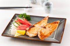 Японские рыбы трески гриля стоковая фотография