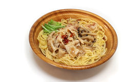 Японские спагетти гриба в белом #2 Стоковые Фотографии RF