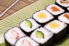 японские суши плиты Стоковые Фотографии RF