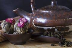 Японские чашка чаю и чай Стоковое Изображение