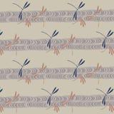 Японские dragonflies и картина потока Стоковые Фотографии RF