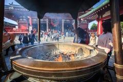 Японский ладан и горелка стоковая фотография