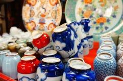 Японский глиняный горшок стоковые фотографии rf