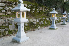 Японский каменный фонарик Стоковое Фото