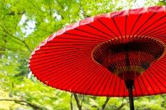 японский красный зонтик Стоковые Изображения RF