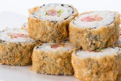 Японский ресторан еды, плита крена maki суш gunkan или комплект диска Комплект и состав суш Стоковое фото RF