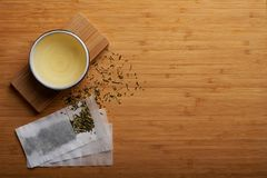 Японский чай kukicha стоковые фотографии rf
