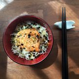 Японский salmon рис Стоковые Фото