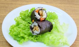 Японское вещество крена суш Maki риса с тофу и морковью Стоковые Изображения RF