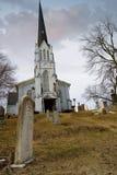 ярд могилы церков Стоковые Изображения