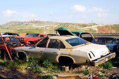ярд старья автомобиля Стоковое Изображение RF