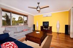 яркая живущая комната Стоковая Фотография