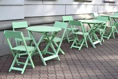 Яркая мебель кофейни teal Стоковое фото RF