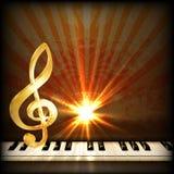 Яркая музыкальная предпосылка с дискантовым ключом и ключами рояля Стоковое Изображение RF