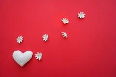 Яркая предпосылка с сердцем Стоковая Фотография RF