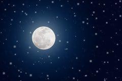 Яркие звезды полнолуния и блеска в темно-синем ночном небе стоковое изображение rf