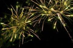 Яркие изумительные фейерверки Стоковая Фотография