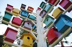 Яркие и красивые birdhouses стоковое изображение rf