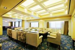 яркие конференц-залы просторные Стоковые Фотографии RF
