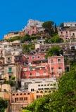 Яркие красочные виллы в Positano, Италии Стоковое Изображение