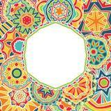 Яркие круги на этнической рамке бесплатная иллюстрация