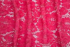 Яркие малиновые, красные створки гипюра Стоковое Фото