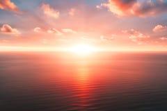 Яркие оранжевые небо и свет солнца Предпосылка неба на заходе солнца рай природы элемента конструкции состава Панорамная предпосы стоковое фото