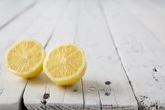 Яркие половины лимона Стоковое фото RF