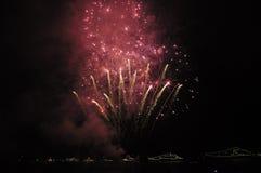 Яркие фейерверки, торжество в Крыме Стоковое Изображение RF