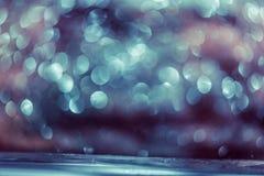 Яркий блеск Colorfull Bokeh запачкал абстрактную предпосылку для дня рождения стоковое изображение rf