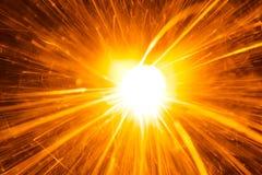Яркий блеск пирофакела бенгальского огня Стоковые Изображения RF