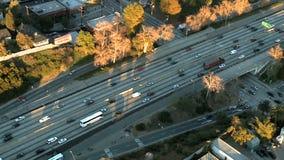 Яркий вид с воздуха шоссе видеоматериал