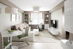Яркий интерьер живущей комнаты стоковая фотография